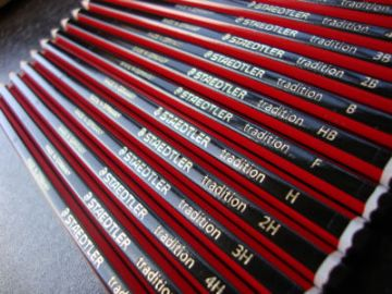 36 x STAEDTLER TRADITION PENCILS BOXED HB Grade